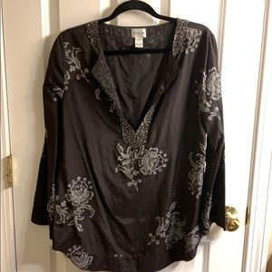 Chico's Black Floral Flowey Top Flattering Blouse